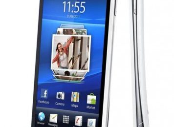 Sony Ericsson Xperia Arc S Now Available In UK – Features and Price
