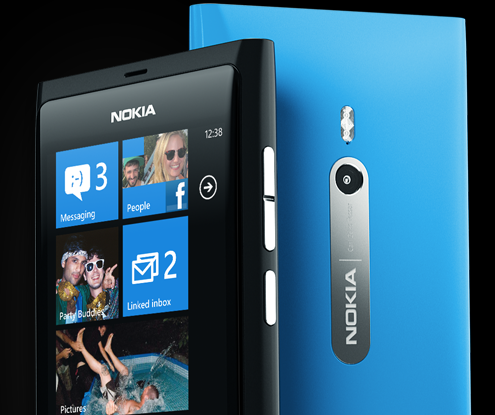 Nokia Lumia 800 Nokia Lumia 800   Nokias First Real Windows Phone Now Hits UK, Philippines in 2012