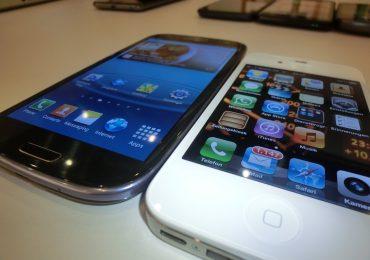 Top 10 Popular Smartphones In UK – The Winner Samsung Galaxy S III