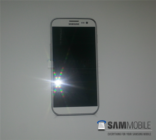 Samsung Galaxy S IV Leaked Photo