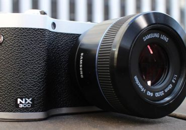 Samsung NX300 Can Replace a Medium DSLR