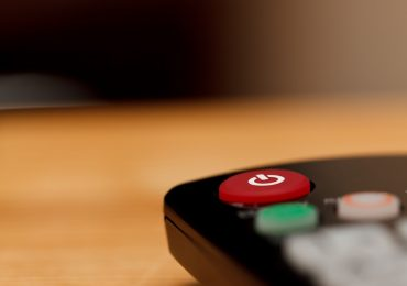 What Are Your Options for Connecting Your TV to the Internet?