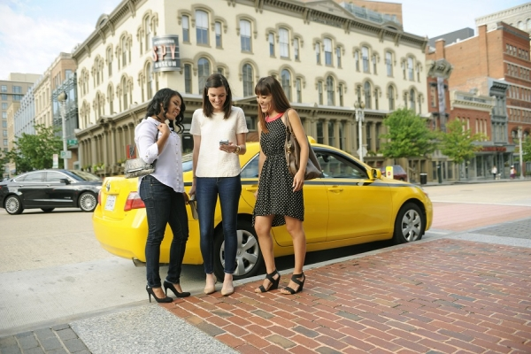 Top 5 Ridesharing and CarPooling App Taxi Services